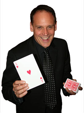 marco_seymour_the_ace_magician_small (1)
